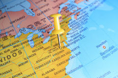 Ουάσιγκτον που καρφώνεται σε έναν χάρτη της Αμερικής στοκ εικόνες