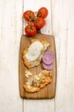 Ουγγρικά langos με το κρεμμύδι και το μπέϊκον Στοκ Εικόνες