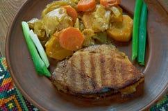 Ουγγρικό πιάτο του χοιρινού κρέατος στοκ εικόνα με δικαίωμα ελεύθερης χρήσης