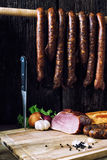 λουκάνικο κρέατος που καπνίζεται Στοκ Εικόνες