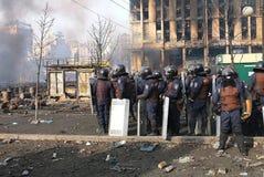Ουκρανία, Κίεβο Διαμαρτυρίες οδών στο Κίεβο στο Maidan, κουρασμένη αστυνομία στοκ εικόνα με δικαίωμα ελεύθερης χρήσης