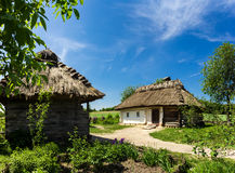 Ουκρανικό αρχαίο αγροτικό farmstead Στοκ εικόνα με δικαίωμα ελεύθερης χρήσης