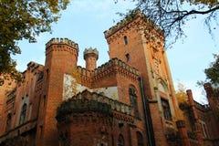 Ουκρανικό νεογοτθικό κάστρο των πολωνικών μεγιστάνων στο χωριό Leskovo στοκ φωτογραφίες