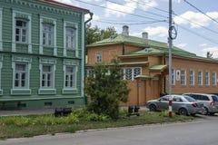 Ουλιάνοφσκ, Ρωσία - 10 Αυγούστου 2018: Σπίτι-μουσείο της οικογένειας Λένιν Ulyanov σε Simbirsk Ουλιάνοφσκ - κίτρινο χρώμα στο rig στοκ φωτογραφία