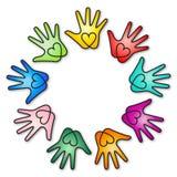 ουράνιο τόξο καρδιών χεριώ&n Στοκ Εικόνες