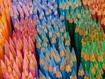 Ουράνιο τόξο μολυβιών στοκ φωτογραφία