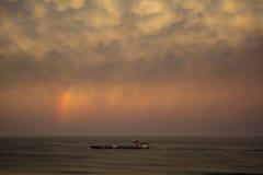Ουράνιο τόξο πέρα από τη βάρκα σε Manasquan NJ Στοκ φωτογραφίες με δικαίωμα ελεύθερης χρήσης