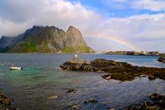 Ουράνιο τόξο στα νησιά Lofoten Στοκ Εικόνες