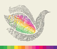Ουράνιο τόξο στα φτερά ενός περιστεριού. Στοκ Εικόνες
