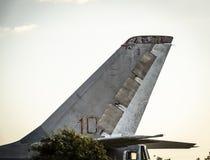 Ουρά ενός στρατιωτικού αεροπλάνου στοκ φωτογραφίες