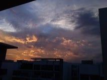 Ουρανοί βραδιού του SG στοκ εικόνες