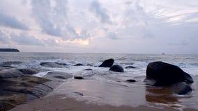 Ουρανοί κυμάτων άμμου απόθεμα βίντεο