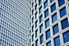ουρανοξύστες δύο κινημα& στοκ φωτογραφίες