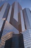 ουρανοξύστες μπλε ουρανού Στοκ Εικόνα