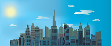 Ουρανοξύστες πόλεων στην ημέρα με τον ήλιο και σύννεφα στο μπλε ουρανό Στοκ φωτογραφίες με δικαίωμα ελεύθερης χρήσης