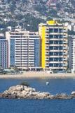 Ουρανοξύστες στην προκυμαία Acapulco Στοκ Φωτογραφία