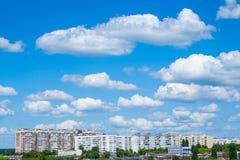 Ουρανός άποψης πόλεων Στοκ Εικόνα