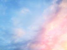 Ουρανός ανατολής με το σύννεφο Στοκ Εικόνες