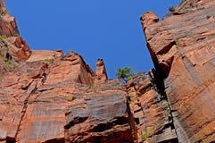 ουρανός απότομων βράχων Στοκ φωτογραφία με δικαίωμα ελεύθερης χρήσης