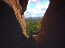 Ουρανός από τις σπηλιές Στοκ Εικόνες
