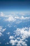 Ουρανός επάνω από το σύννεφο από το αεροπλάνο Στοκ φωτογραφία με δικαίωμα ελεύθερης χρήσης