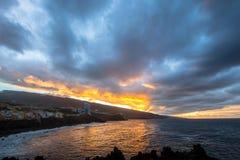 Ουρανός ηλιοβασιλέματος πέρα από το ηφαίστειο Teide Στοκ φωτογραφία με δικαίωμα ελεύθερης χρήσης