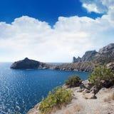 ουρανός θάλασσας βουνών Στοκ εικόνες με δικαίωμα ελεύθερης χρήσης