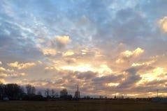 Ουρανός κάτω στη γη Στοκ εικόνες με δικαίωμα ελεύθερης χρήσης