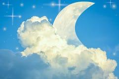 Ουρανός και σύννεφα, ελαφριά ακτίνα με την περίληψη ελεύθερη απεικόνιση δικαιώματος