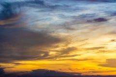Ουρανός και σύννεφο λυκόφατος Στοκ Φωτογραφία
