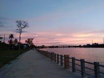 Ουρανός και φύση σε αγροτικό Στοκ εικόνες με δικαίωμα ελεύθερης χρήσης