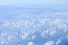 Ουρανός με τα αεροπλάνα Στοκ εικόνα με δικαίωμα ελεύθερης χρήσης