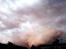 Ουρανός Νεφελώδης ημέρα στοκ εικόνες
