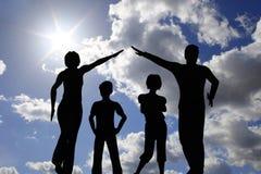 ουρανός οικογενειακών  στοκ εικόνες με δικαίωμα ελεύθερης χρήσης