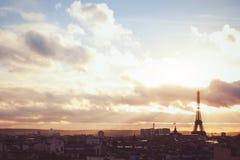 Ουρανός πέρα από το Παρίσι Στοκ φωτογραφία με δικαίωμα ελεύθερης χρήσης