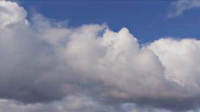 ουρανός σωρειτών σύννεφω&nu απόθεμα βίντεο