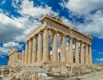 Ουρανός της Αθήνας Ελλάδα Parthenon clounds στο spirng στοκ φωτογραφία