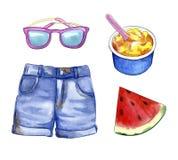 Ουσία θερινών διακοπών: σορτς, γυαλιά ηλίου, καρπούζι και παγωτό, απεικόνιση watercolor Στοκ εικόνα με δικαίωμα ελεύθερης χρήσης