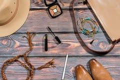 Ουσία και εξαρτήματα τσαντών σε ένα παραδοσιακό αμερικανικό ύφος κάουμποϋ Στοκ φωτογραφίες με δικαίωμα ελεύθερης χρήσης