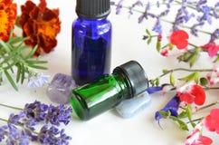 Ουσιαστικά πετρέλαια για τη aromatherapy επεξεργασία Στοκ Φωτογραφίες