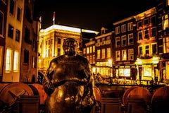 ΟΥΤΡΕΧΤΗ, ΚΑΤΩ ΧΏΡΕΣ - 18 ΟΚΤΩΒΡΊΟΥ: Οδοί πόλεων νύχτας Ουτρέχτη - Κάτω Χώρες Στοκ φωτογραφία με δικαίωμα ελεύθερης χρήσης