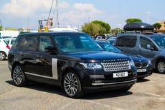 12$ου το 2011 6ο καναρινιών αυτοκινήτων Λονδίνο motorexpo Δευτέρας Ιουνίου μια Κυριακή Range Rover στην αποβάθρα Στοκ Εικόνα