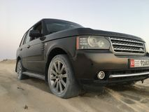 12$ου το 2011 6ο καναρινιών αυτοκινήτων Λονδίνο motorexpo Δευτέρας Ιουνίου μια Κυριακή Range Rover στην αποβάθρα Στοκ Φωτογραφίες