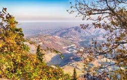 λοφώδης επαρχία το χειμώνα στοκ φωτογραφίες