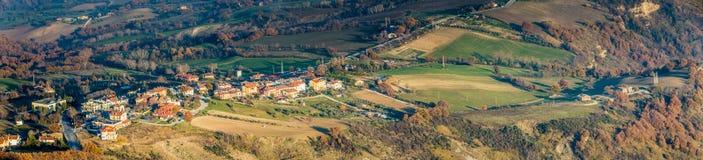 λοφώδης επαρχία το χειμώνα στοκ εικόνες με δικαίωμα ελεύθερης χρήσης