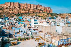 Οχυρό και μπλε πόλη Jodhpur Mehrangarh στην Ινδία Στοκ εικόνες με δικαίωμα ελεύθερης χρήσης