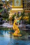 ο άγγελος Kinnaree Θεών και τα ζώα στη λογοτεχνία κολυμπούν Στοκ Εικόνες
