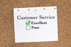 ο άγγελος ως όμορφη επιχειρηματίας καλύπτει πελατών τη φιλική υπηρεσία αγάπης οδηγιών χρήσιμη που χαμογελά πολύ σε σας Στοκ Φωτογραφίες
