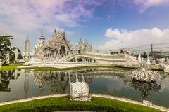 Ο άσπρος ναός Rong Khun, Ταϊλάνδη Στοκ φωτογραφία με δικαίωμα ελεύθερης χρήσης