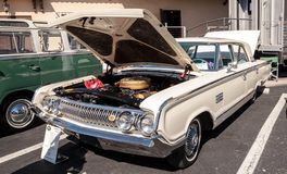 Ο άσπρος υδράργυρος Monterey του 1964 στο 32$ο ετήσιο κλασικό αυτοκίνητο αποθηκών της Νάπολης παρουσιάζει στοκ φωτογραφία με δικαίωμα ελεύθερης χρήσης